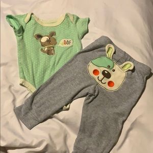 4/$10 matching onesie and leggings w/ dog decal